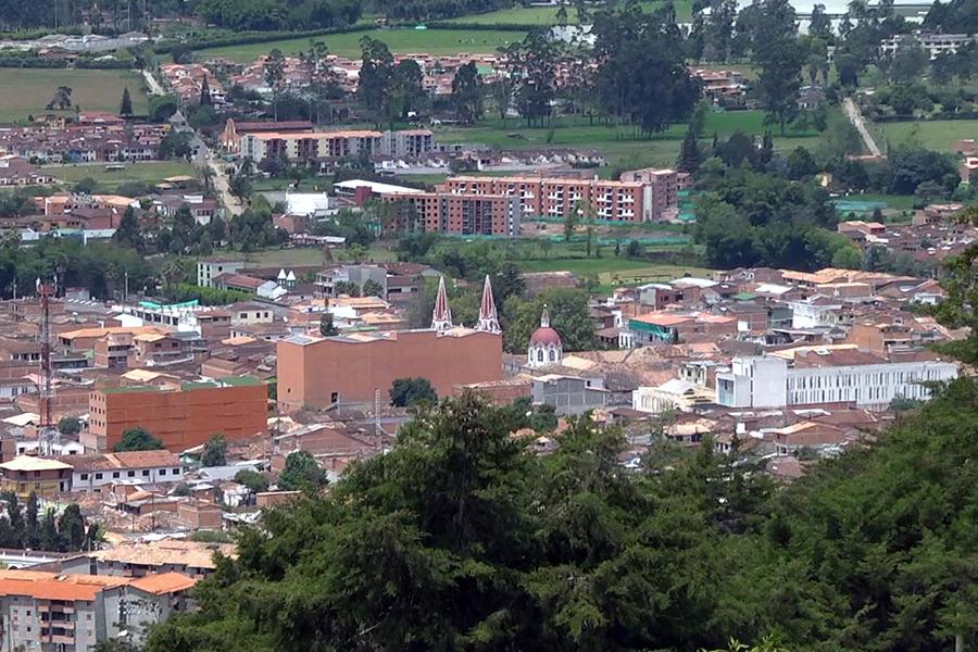 Photo of En La Ceja, se trabaja en un plan de acción para disminuir índices de desnutrición
