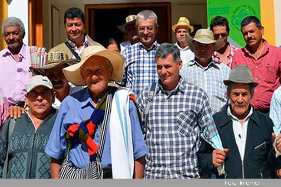 Photo of A la estrategia BanCO2 de Cornare se unió la avícola Kakaraka
