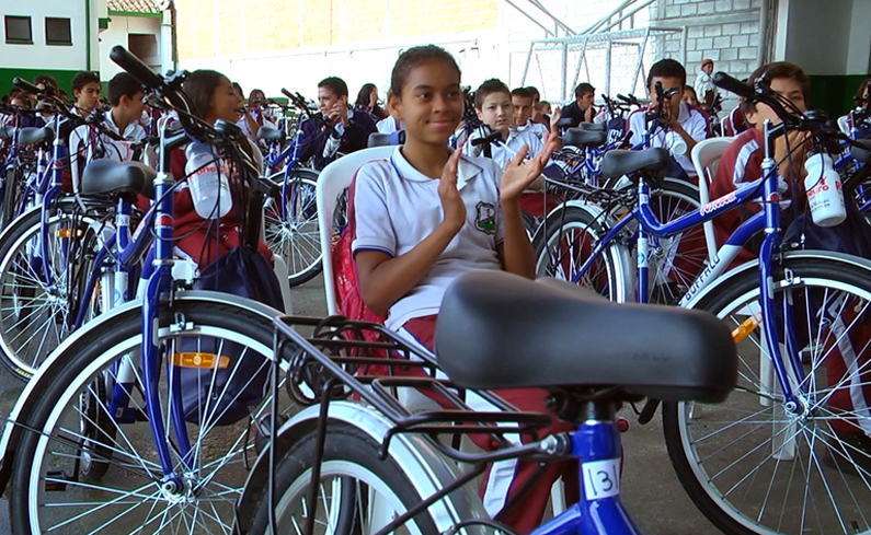 Photo of Se entregaron 187 bicicletas a estudiantes de Instituciones Educativas de la zona rural de Rionegro