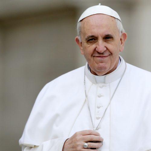 El Papa extiende facultades a Sacerdotes para perdonar el pecado del aborto
