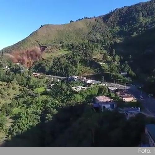 Se realizó la detonación controlada del talud en la autopista Medellín – Bogotá.