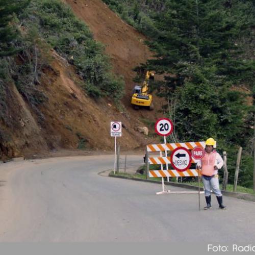 Gobernación de Antioquia anunció que pavimentará este año los 3.8 km restantes en la vía que comunica a La Ceja con Abejorral