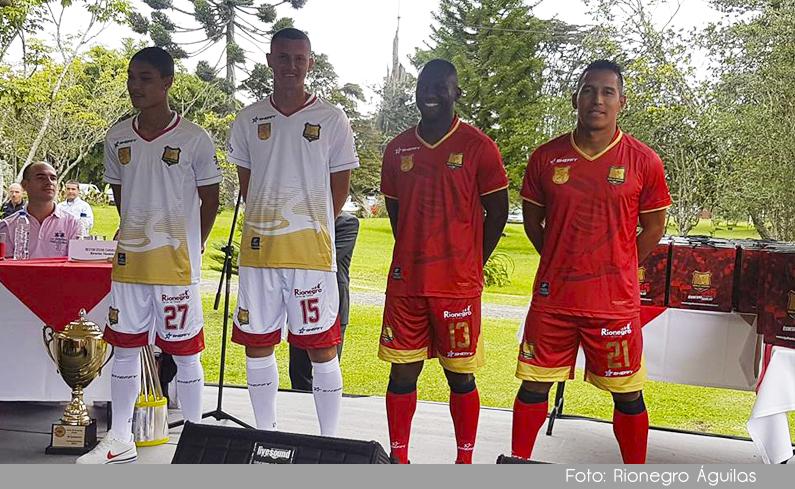 Photo of Rionegro Águilas presentó sus nuevos uniformes y este fin de semana enfrentará a el América en el inicio de la Liga