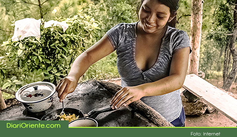 Photo of Estudio revela que 7 de cada 10 mujeres rurales en el Oriente Antioqueño sufren problemas respiratorios