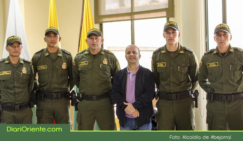 Photo of Para fortalecer la seguridad en Abejorral, llegan más policías al municipio