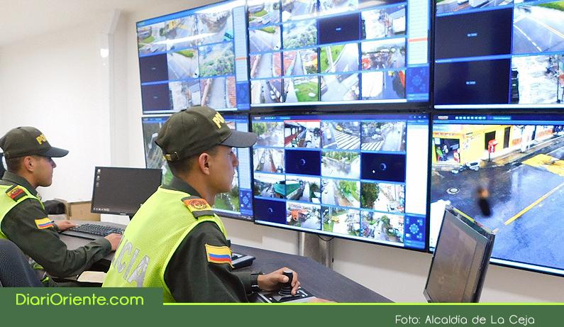Photo of Gobernador de Antioquia realizó la entrega del Centro de Monitoreo, Control e Inteligencia para mejorar la seguridad en La Ceja.