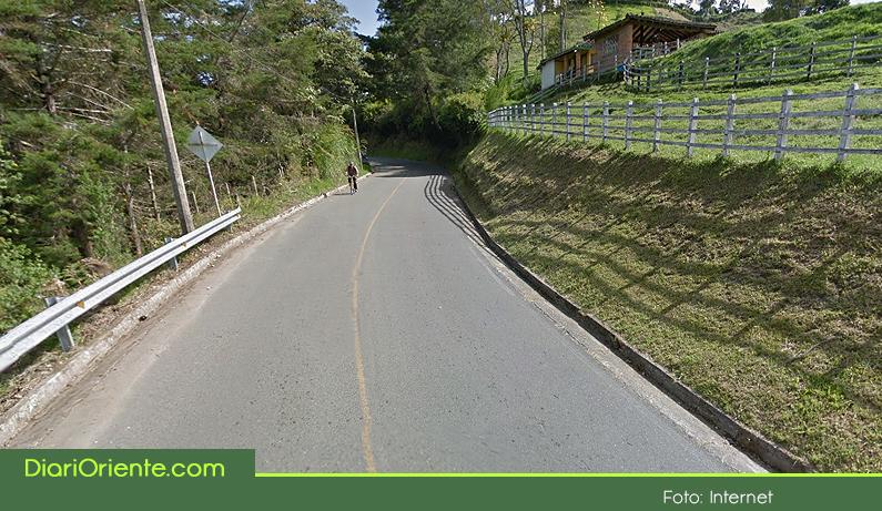 Photo of Un atraco masivo se registró en la vía que comunica a Abejorral con La Ceja