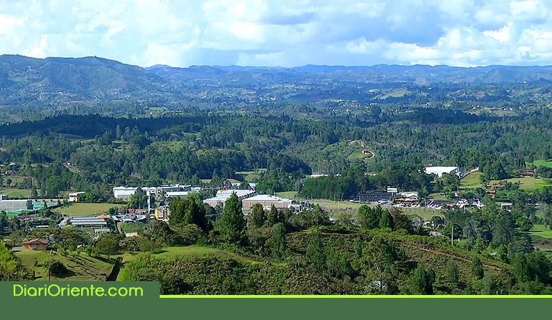 Photo of En Rionegro, se implementa la estrategia de retribuir a los ciudadanos por el cuidado de los bosques