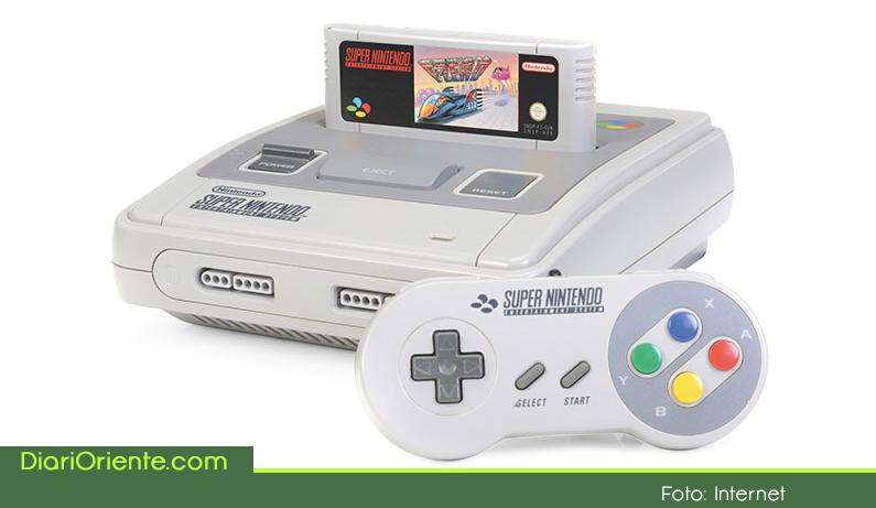 Photo of Nintendo regresa a los años 90 para rescatar la clásica consola Super NES que estará a la venta en septiembre