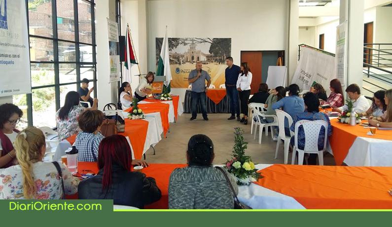 Photo of Con éxito se realizó encuentro de Concejalas del Oriente Antioqueño
