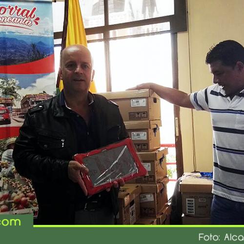 Instituciones educativas de Abejorral recibirán dotación de tablets