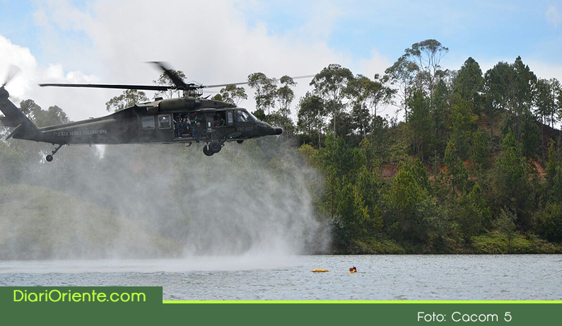 Photo of Fuerza Área realizó simulacro de accidente aéreo en el embalse Peñol-Guatapé