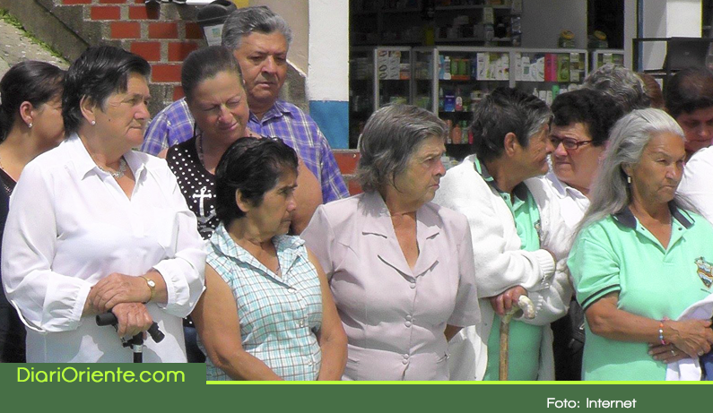 Photo of En Granada se celebra el mes del  Adulto Mayor con actividades culturales, lúdicas y recreativas