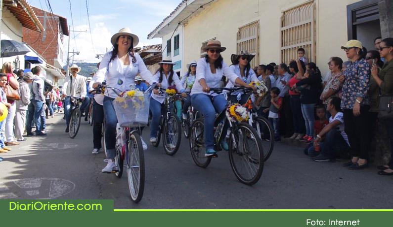 """Photo of Del 11 al 21 de agosto La Ceja celebra sus fiestas tradicionales """"Fiestas del Toldo, las Bicicletas y las Flores"""""""
