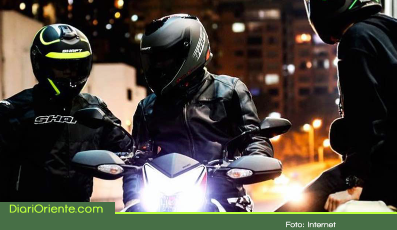 Photo of Por nueva norma motociclistas en Colombia deberán cambiar sus cascos