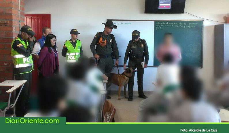 Photo of Con apoyo canino protegen de la droga a estudiantes de colegios en La Ceja