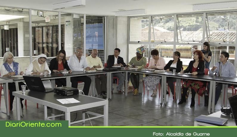 Photo of Con un diagnóstico inicial, en Guarne se construye su Plan Decenal de Educación 2018 -2028