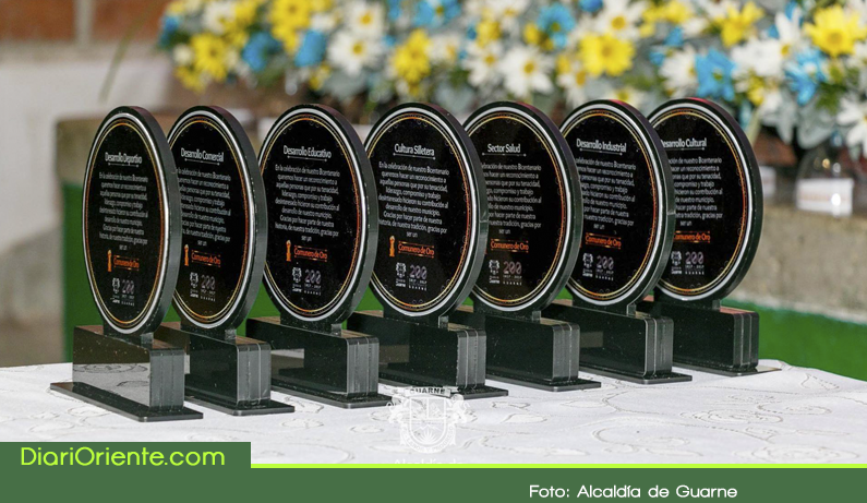 """Photo of En Guarne se entregó reconocimiento """"Comunero de Oro"""" a los lideres que trabajan en pro de sus comunidades"""
