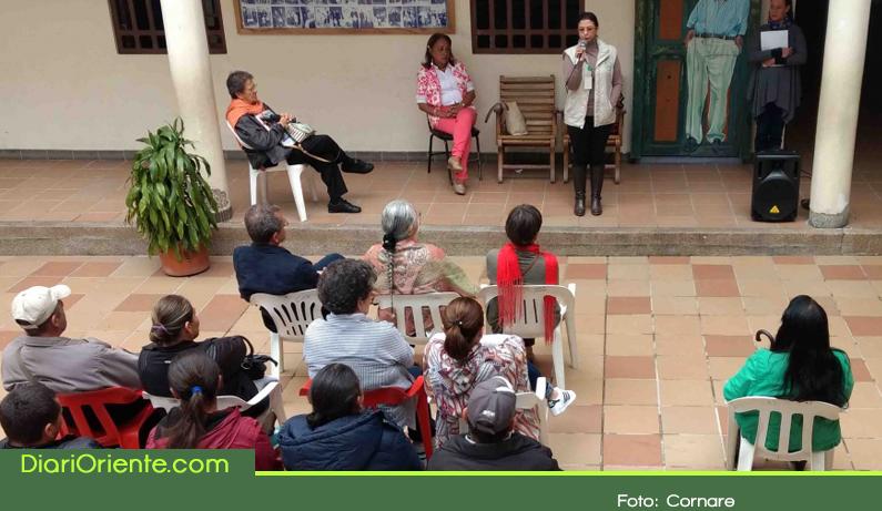 """Photo of En El Santuario, Cornare certificó 22 personas como """"Guardianes del Agua"""""""