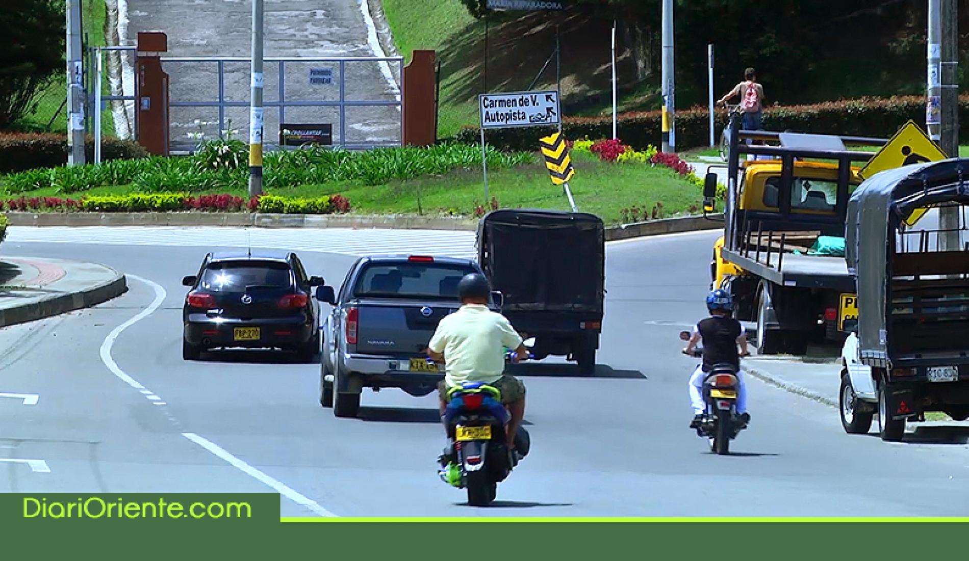 Photo of Rionegro prohíbe circulación de motocicletas con parrillero
