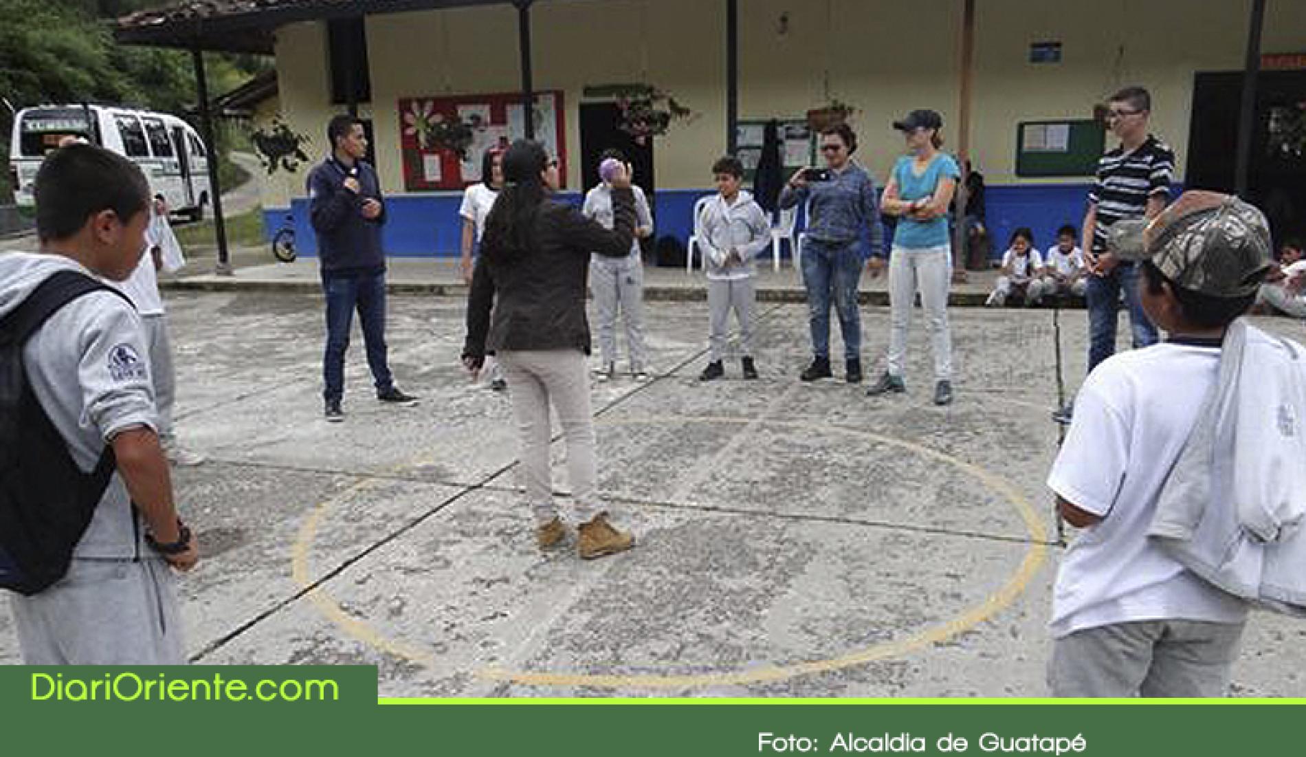 """En Guatapé se incentiva el liderazgo en los jóvenes con el proyecto """"Jóvenes al Aire"""""""