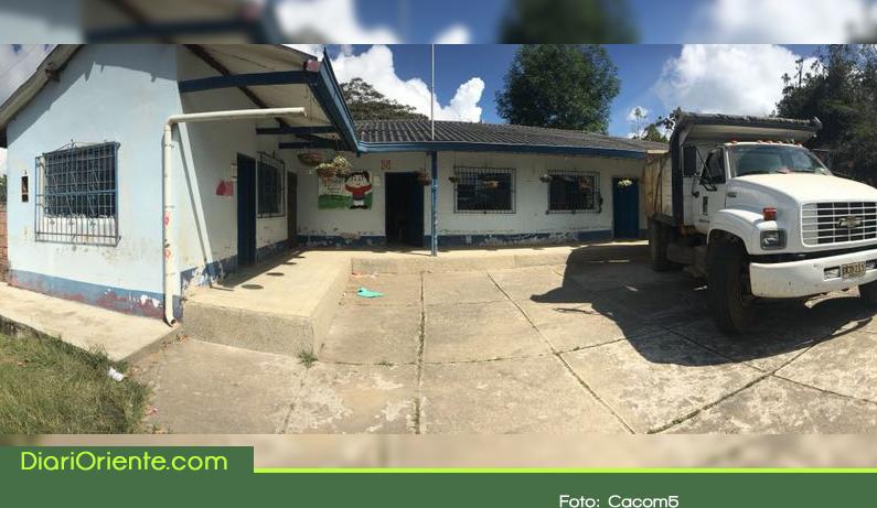 Photo of Con el apoyo de la Fuerza Aérea, avanza la remodelación de la Institución Educativa El Palmarcito