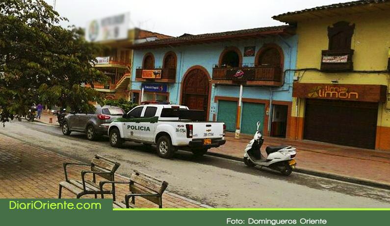 Photo of Delincuentes rompieron pared y robaron un banco en El Carmen de Viboral
