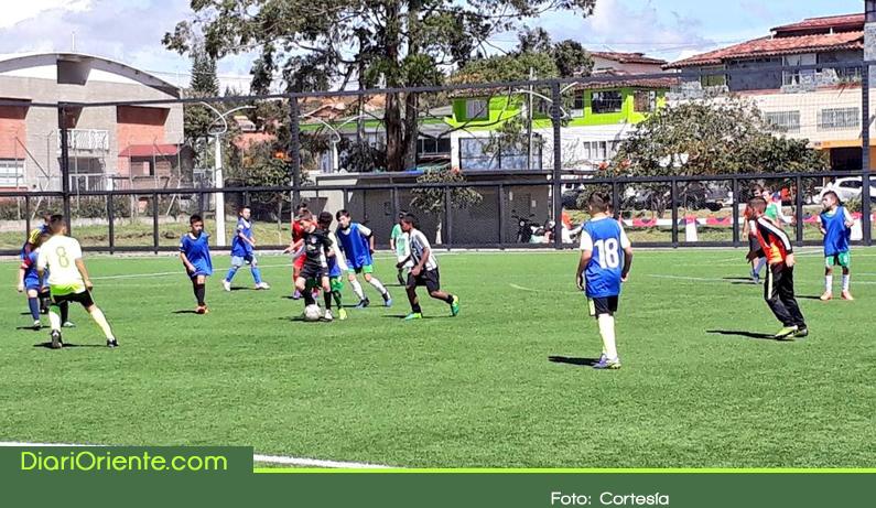 Photo of Cursos avalados por FIFA benefician a habitantes del Oriente Antioqueño