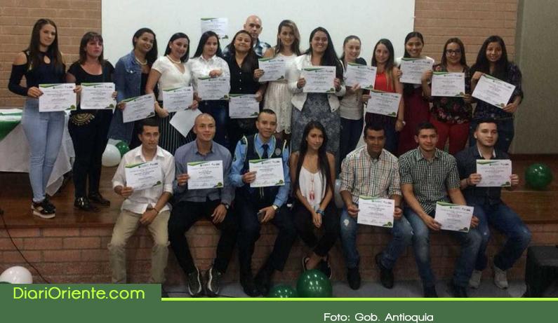 Photo of Seis municipios del Oriente Antioqueño van por la ruta del bilingüismo