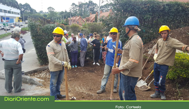 Photo of En medio de polémica inicia construcción de cicloruta en la urbanización Villas de San Nicolás de Rionegro