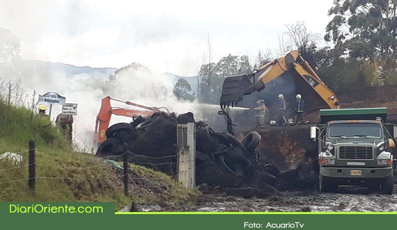 Photo of Incendio en El Carmen de Viboral, aún sin controlar, deja cinco lesionados