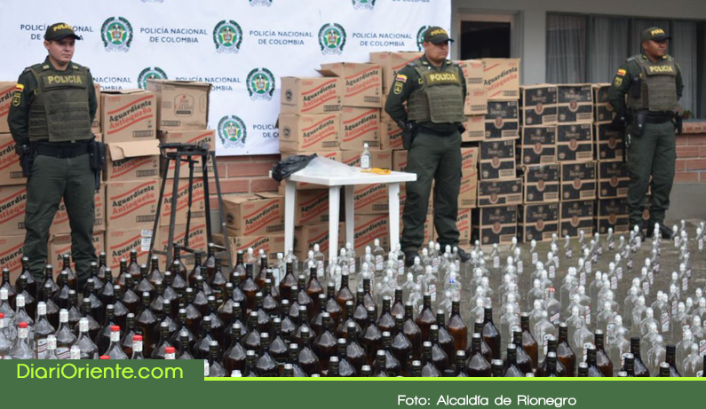 Photo of Cae fábrica de licor adulterado en Rionegro con 1500 botellas listas para distribuir
