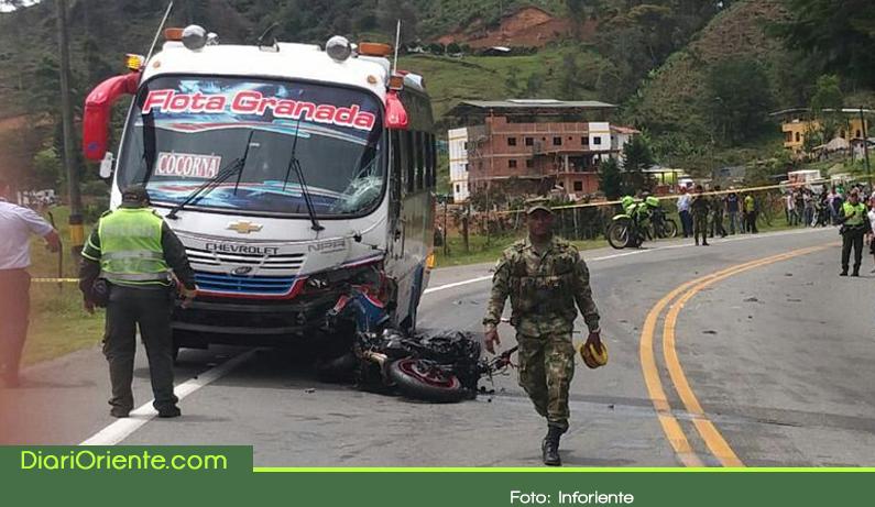 Photo of Accidente de tránsito en la autopista Medellín – Bogotá dejó un motociclista muerto