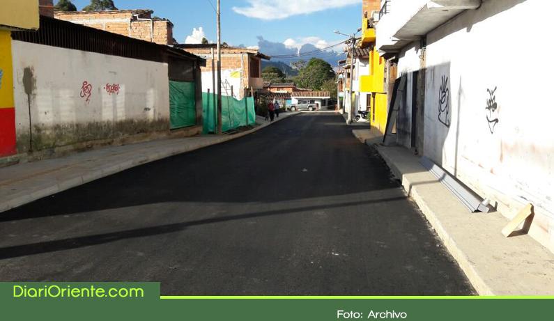 Photo of La Ceja proyecta inversiones por $8.000 mil millones para pavimentar vías urbanas