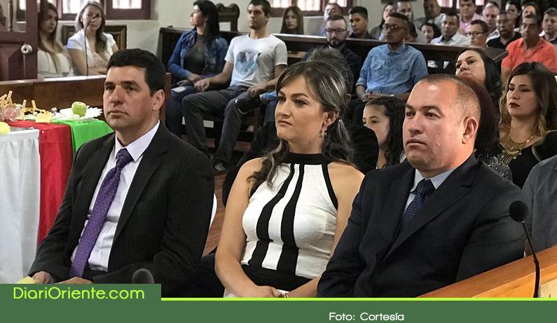 Photo of Por renuncias, se posesionaron nuevos concejales en Marinilla