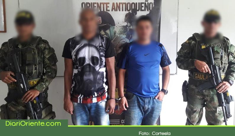 Photo of Capturados 4 presuntos extorsionistas en Granada