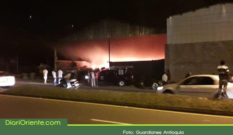 Photo of Cooperativa de Reciclaje fue consumida por incendio en Guarne