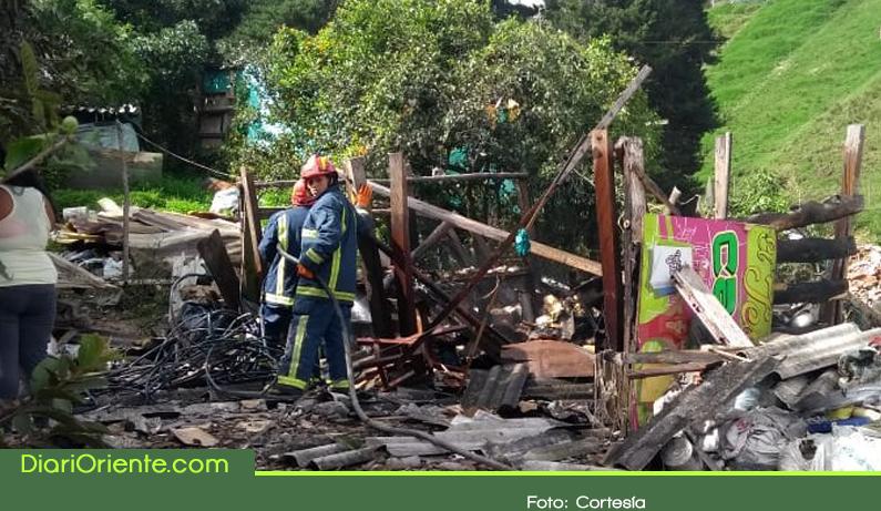 Photo of Daños materiales y susto provocó la explosión en una vivienda