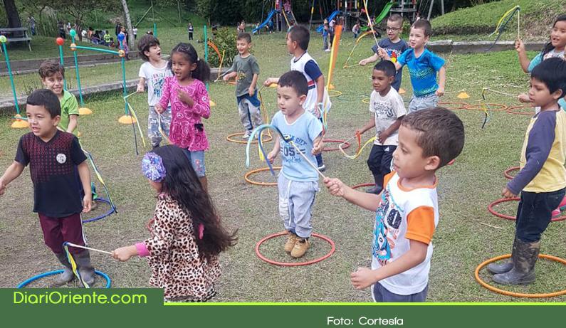 Photo of 500 niños de El Carmen se benefician con programa de gimnasia a primera infancia
