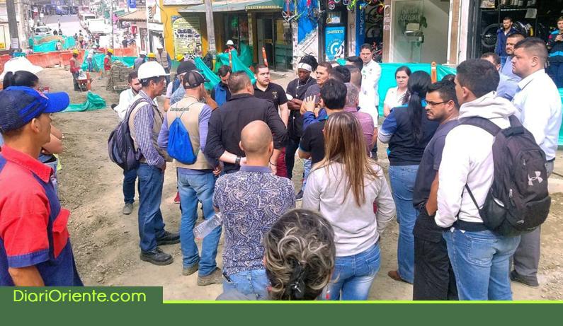 Photo of Comerciantes de Rionegro siguen sufriendo por retrasos en las obras