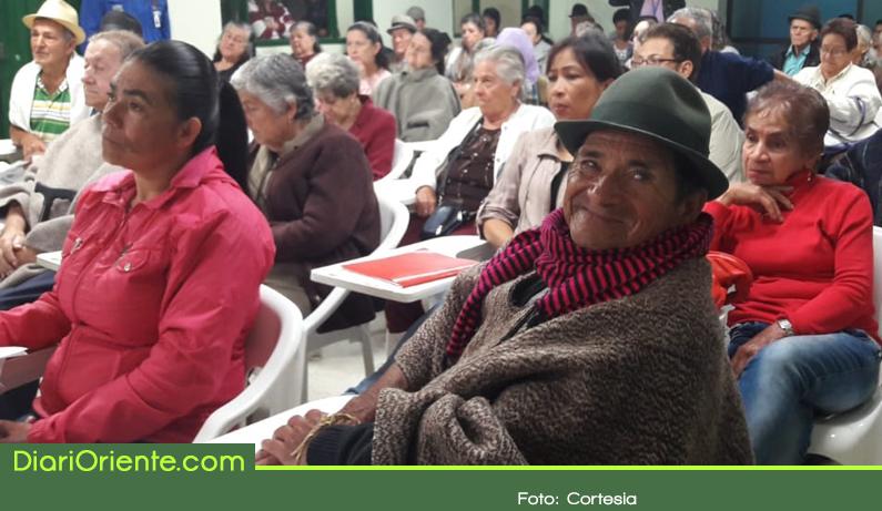 Photo of Adultos mayores víctimas del conflicto armado recibieron indemnización