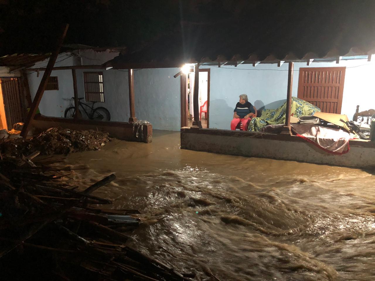 Photo of Afectaciones en Rionegro como consecuencia de las fuertes lluvias