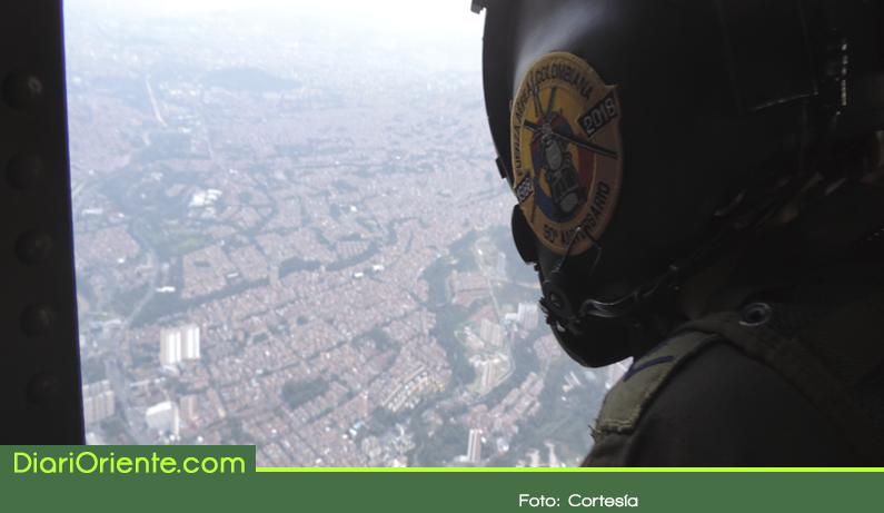 Photo of Fuerza Aérea vigila las vías de Antioquia esta Semana Santa
