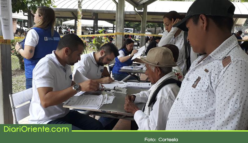 Photo of En Antioquia, 1.409 víctimas han recibido su indemnización reparadora este año