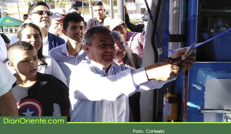 Photo of Alcalde de Granada gana premio como el más solidario e incluyente del país