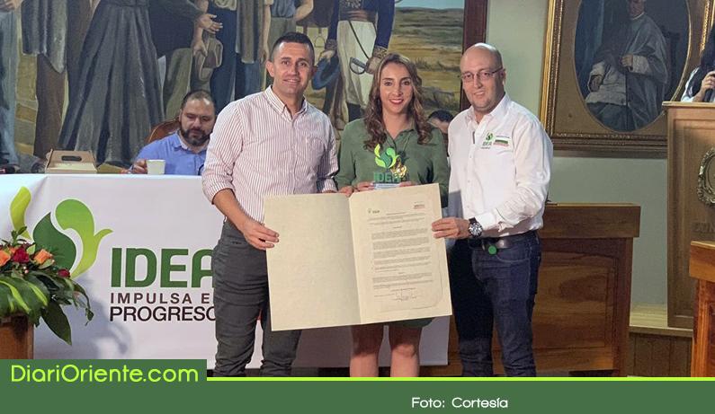 Photo of Marinilla recibió reconocimiento por buen manejo financiero