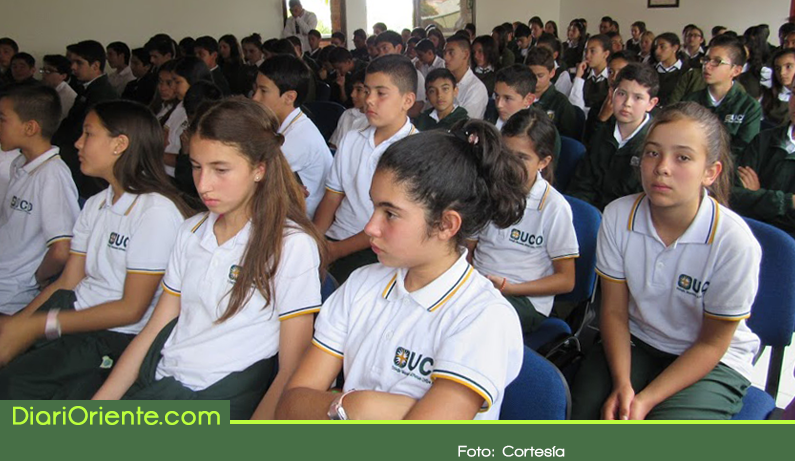 Photo of Colegio Monseñor Alfonso Uribe Jaramillo cumple 20 años de labores en Rionegro