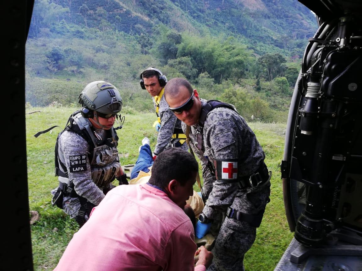 Photo of Hombre mordido por una serpiente en Sonsón fue evacuado en helicóptero