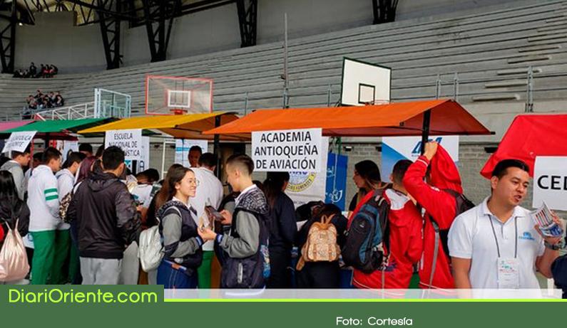 Photo of Con la participación de 2700 estudiantes se realizó en Rionegro la Feria MEEDUCA