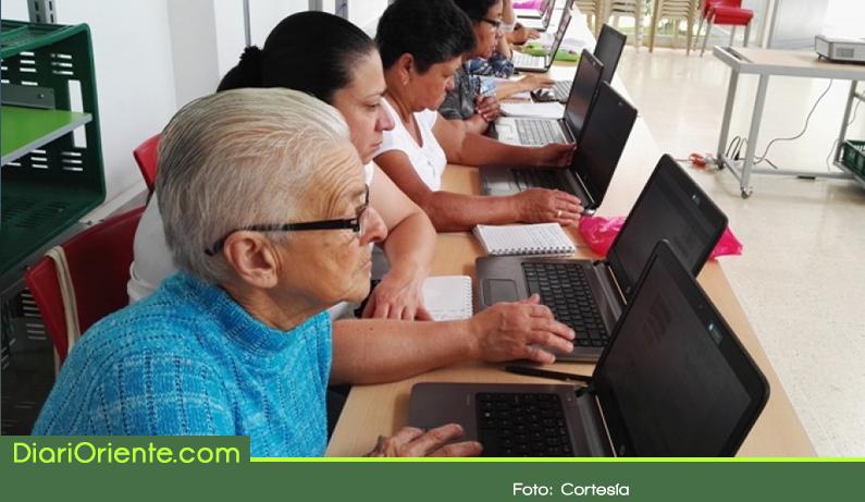 Photo of Antioquia con el más bajo índice de analfabetismo del país